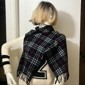 BURBERRY CHECK LAMBSWOOL SCARF-NAVY BLUE